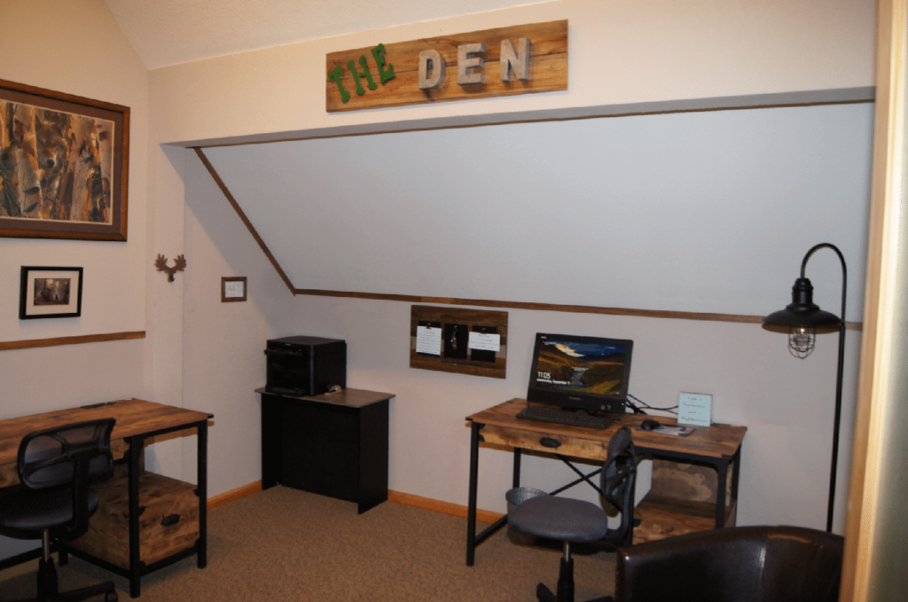 The Den The Forest | Co-Shared Workplace | South Lake Tahoe, CA